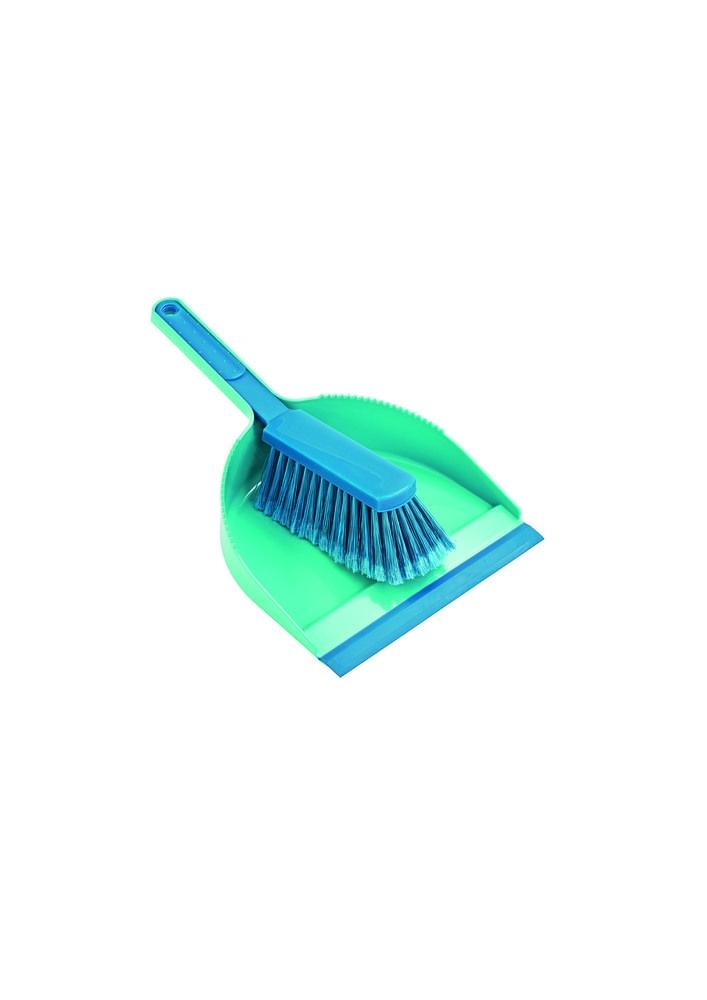 Smetáky, košťata a lopatky