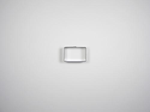 JANDEJSEK Vykrajovátko obdélník 32 × 21 mm
